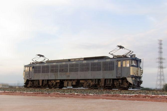 Sr12140051