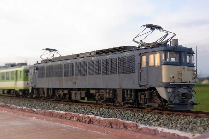 Sr12140061